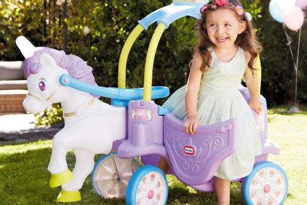 now-theres-a-little-tikes-magical-unicorn-carriage_198521