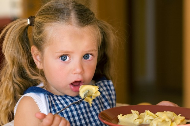 nurseries-feeding-adult-sized-meals-to-toddlers_11452