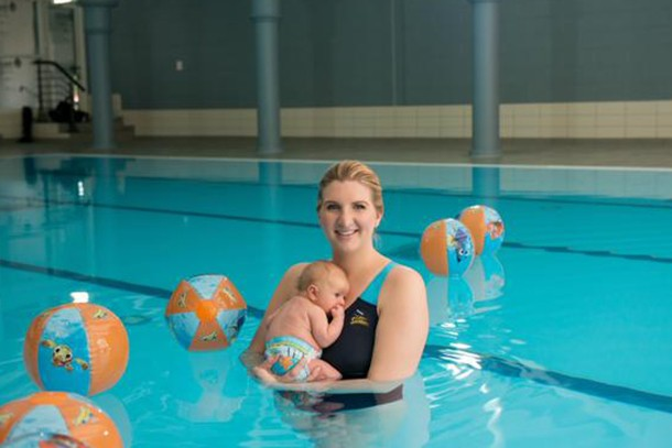 olympic-champion-in-the-making-rebecca-adlingtons-newborn-makes-a-splash-in-the-pool_128868