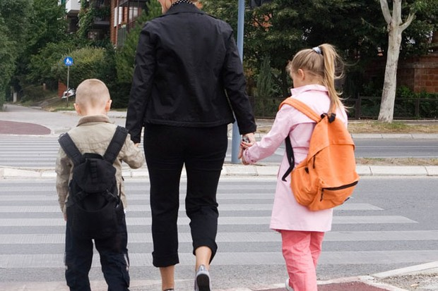 only-half-of-primary-school-children-walk-to-school_21435