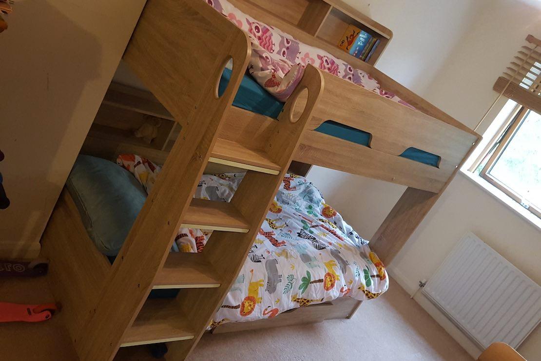 orion-oak-wooden-storage-bunk-bed_assembled1