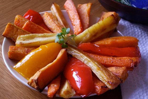oven-roasted-veggie-sticks_48744