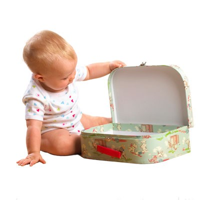 packing-for-holidays-with-a-baby-in-tow_72874
