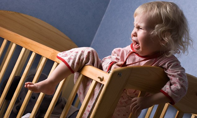 parents-arguing-affects-baby-and-toddler-sleep-patterns_21393