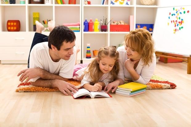 parents-failing-to-read-to-children-survey-reveals_12134