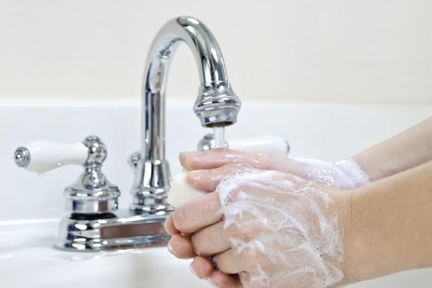 parents-failing-to-teach-children-to-wash-hands_19062