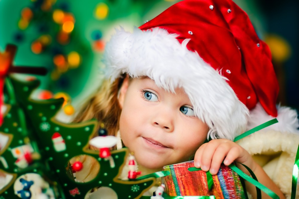 parents-pestered-to-spend-more-and-more-on-childrens-christmas-presents_17859