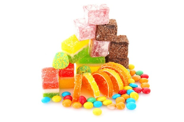 parents-spend-312-a-year-on-junk-food-treats_18042