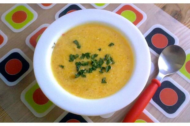 pasta-carrot-and-lentil-soup_48740