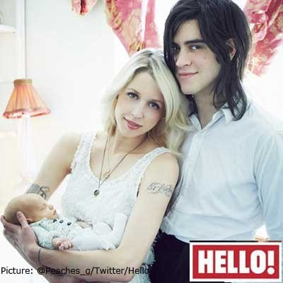 peaches-shows-off-baby-astala-in-her-new-home_72771