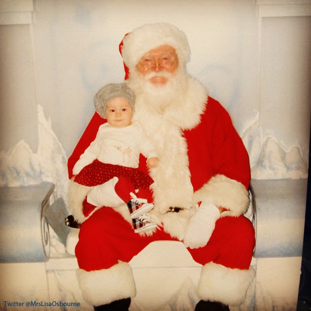 pearl-osbourne-meets-father-christmas_43794