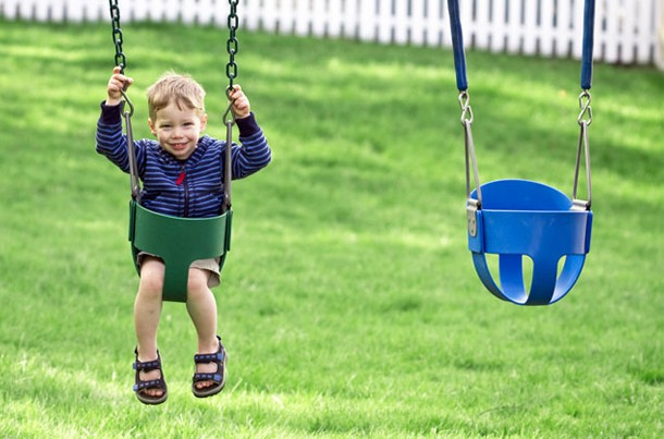 picture-yourself-calling-out-your-childs-name-across-the-park-what-happens_55341
