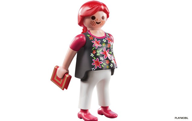 playmobil-launches-first-pregnant-figure_40191
