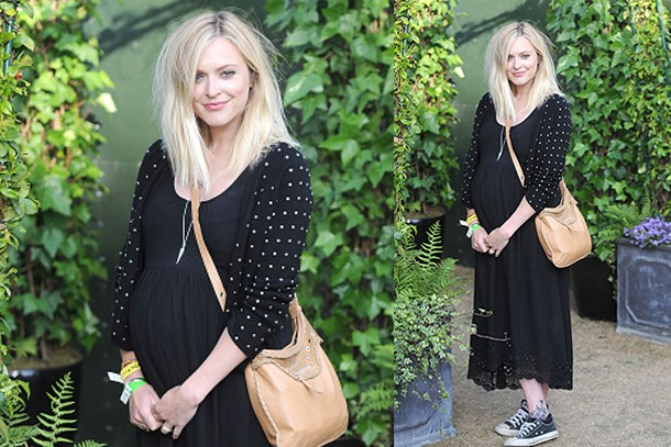 pregnant-fearne-cottons-rock-chic-gig-look_127240