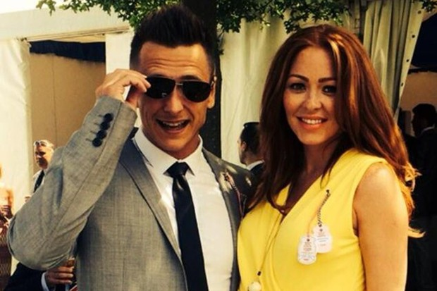 pregnant-natasha-hamilton-is-crossing-legs-till-kerry-katonas-wedding_60807