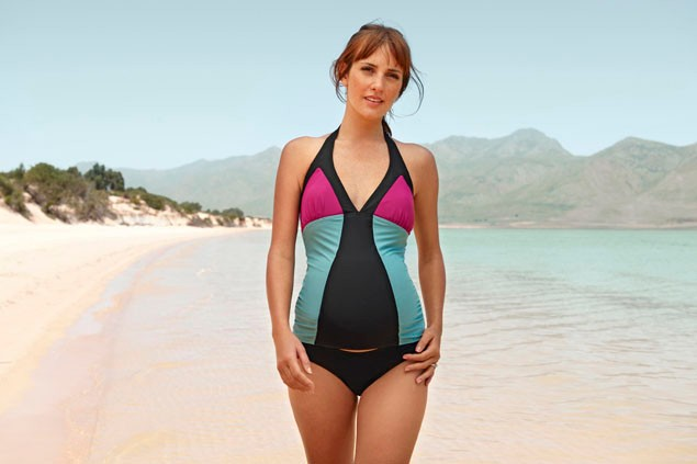 pretty-pregnancy-swimsuits-for-your-baby-bump_12395