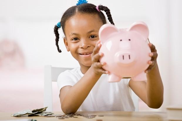 primary-schools-set-to-teach-money-savings-and-debt_10103