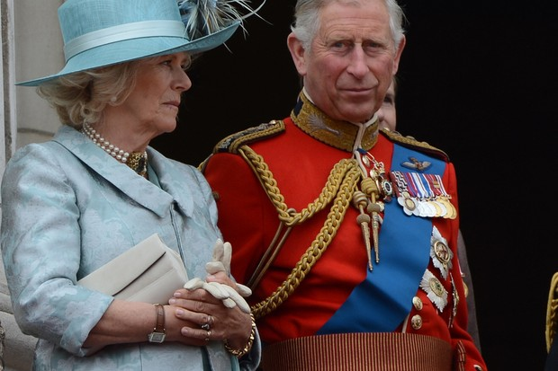 prince-charles-is-thrilled-to-become-a-grandad_43707