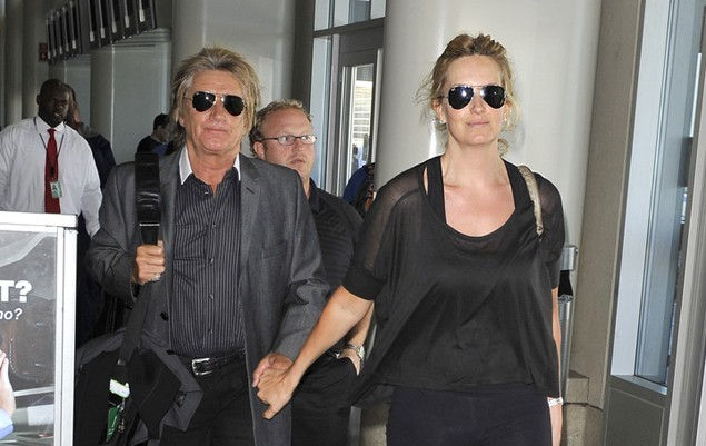 rod-stewart-becomes-a-dad-for-the-eighth-time_19370