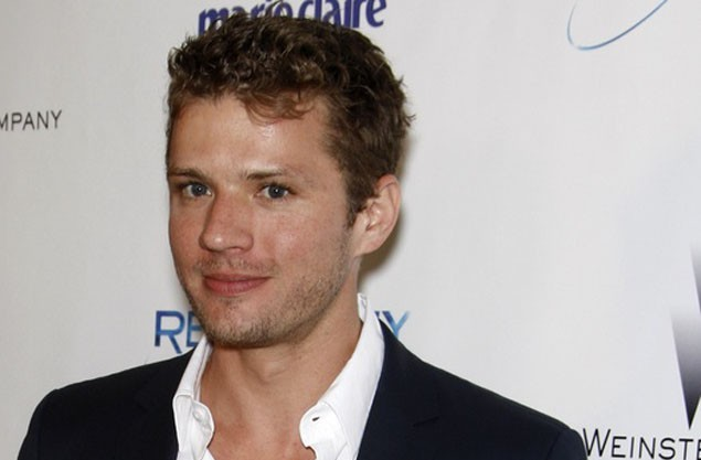 ryan-phillippe-has-coffee-with-pregnant-ex-is-he-the-dad_23499