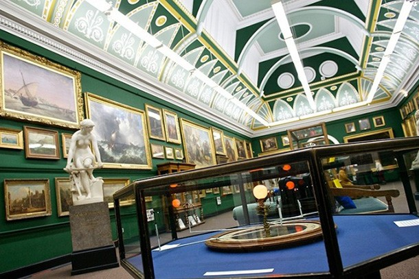 salford-museum-and-art-gallery-review-for-families_60901