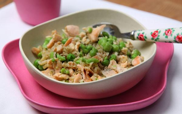 salmon-peas-and-broccoli_42258