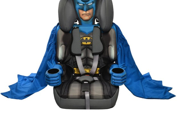 say-hello-to-the-latest-caped-crusader-batman-car-seat_47312