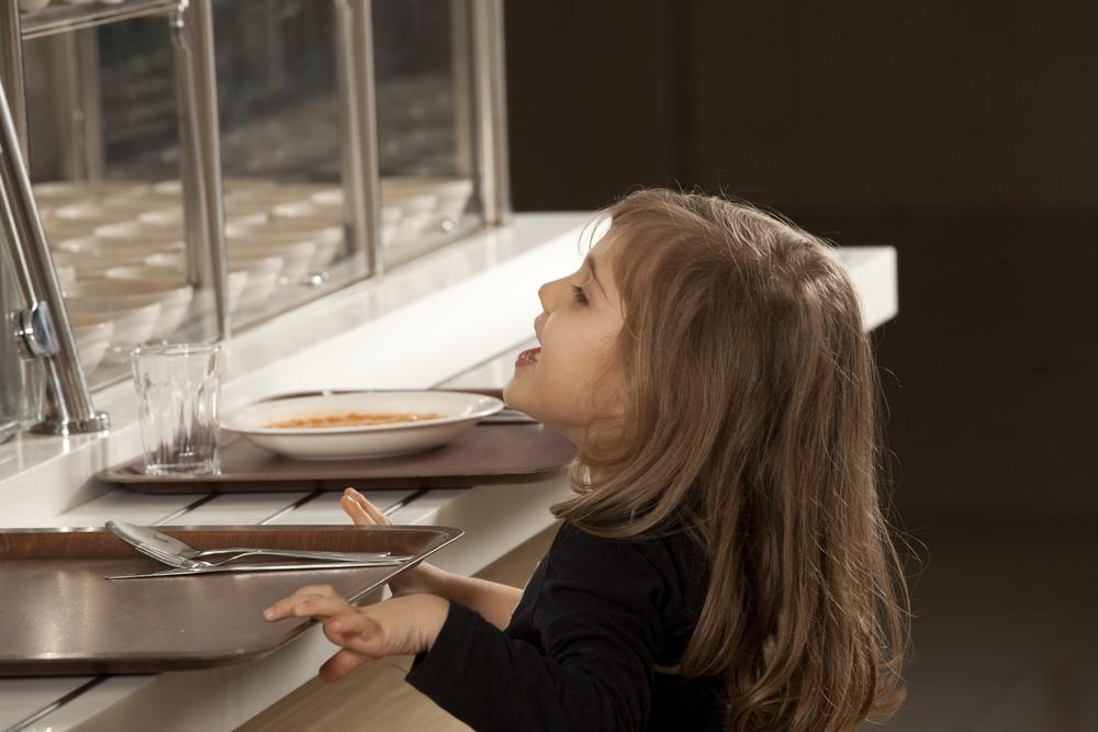 school-threw-pupils-dinner-in-bin_51817