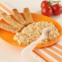 scrambled-egg-on-toast-with-grilled-tomato_17567