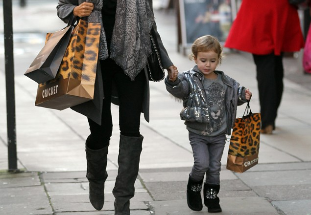 sheree-murphy-goes-shopping-with-her-mini-me_17822