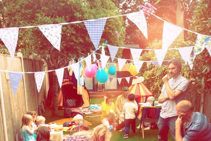 should-you-have-alcohol-at-a-childrens-party_154086