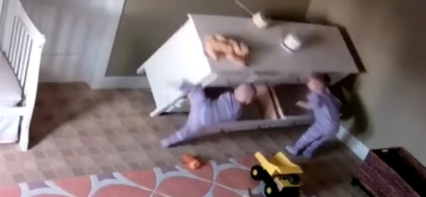 chest of drawers falling on toddlers