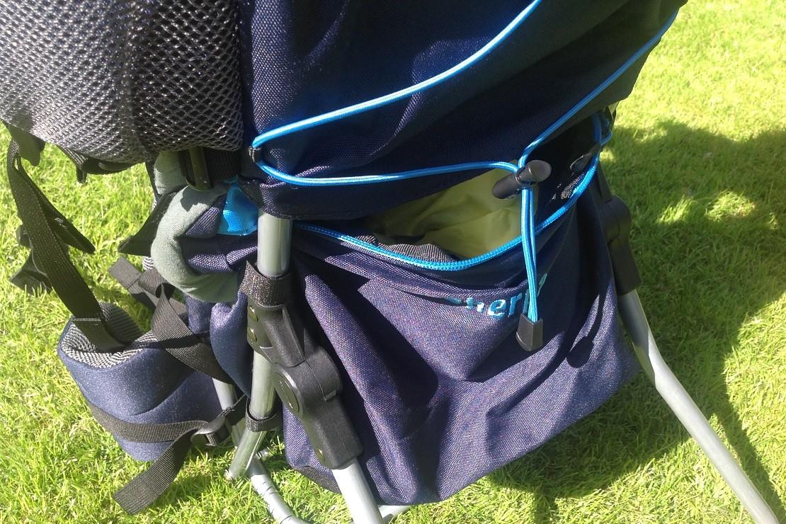 Skandika Sherpa has a large storage pocket