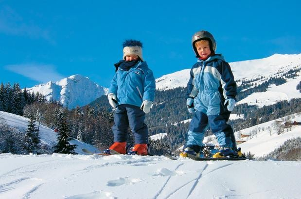 skiing-with-your-family-all-you-need-to-know_11266