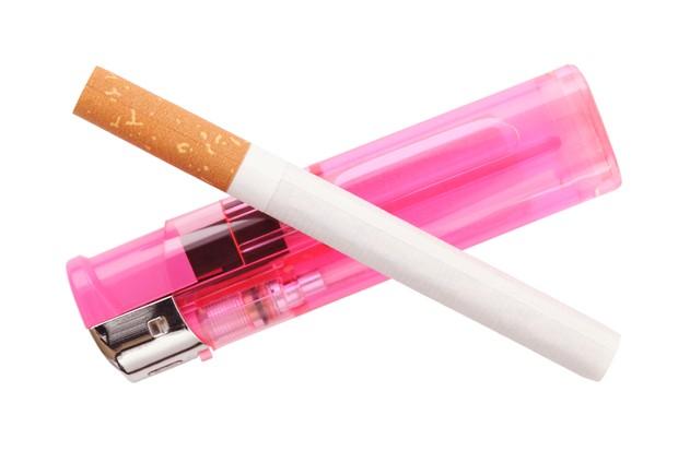 smoker-mum-billie-piper-denies-bad-parenting_14030
