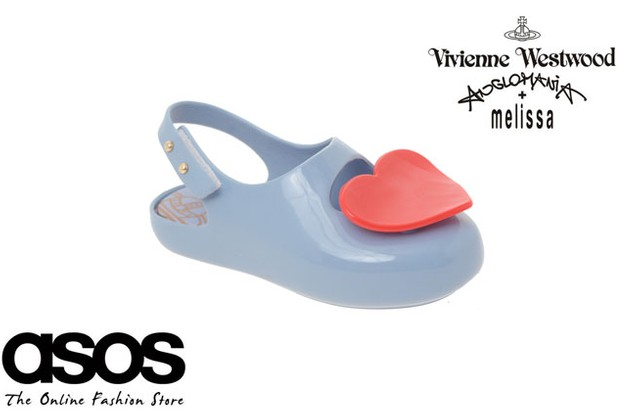 sneak-preview-vivienne-westwood-childrens-jelly-shoes_12555