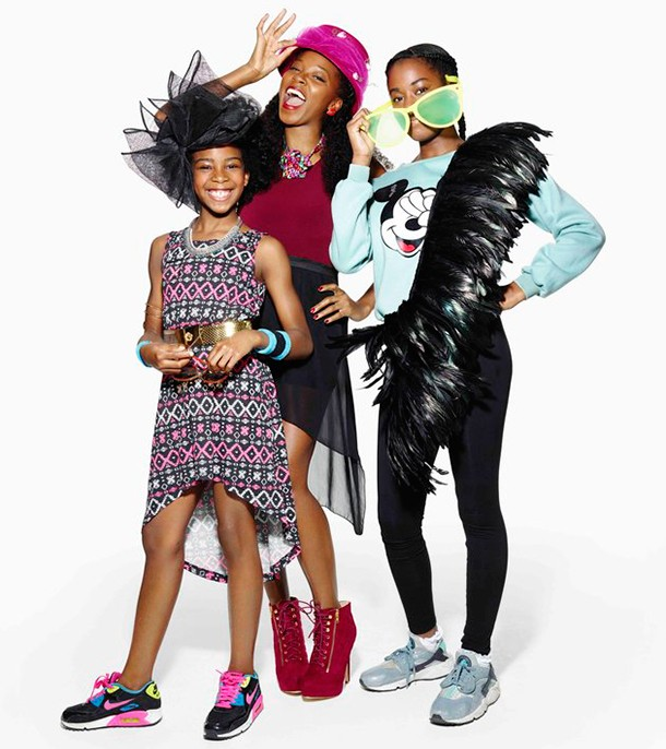 so-this-is-how-amanda-holdens-kids-think-she-should-dress-_147365