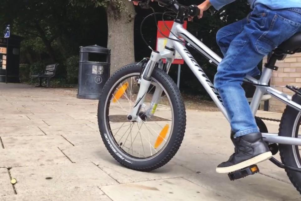 c360eae0e8d Specialized Hotrock 20 bike - Balance bikes - Toys - MadeForMums