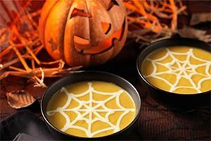 spooky-pumpkin-soup-for-halloween_61105