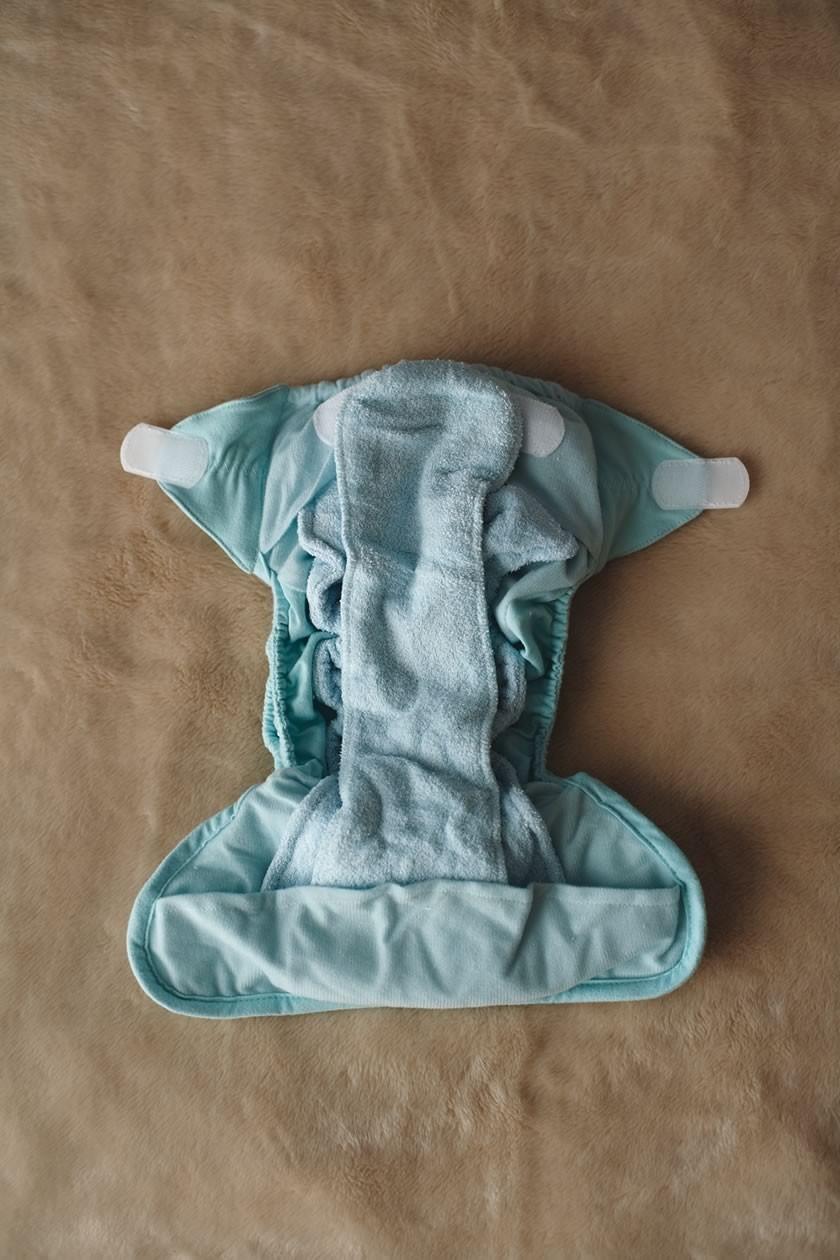 step-by-step-guide-to-all-in-one-reusable-nappies_1586