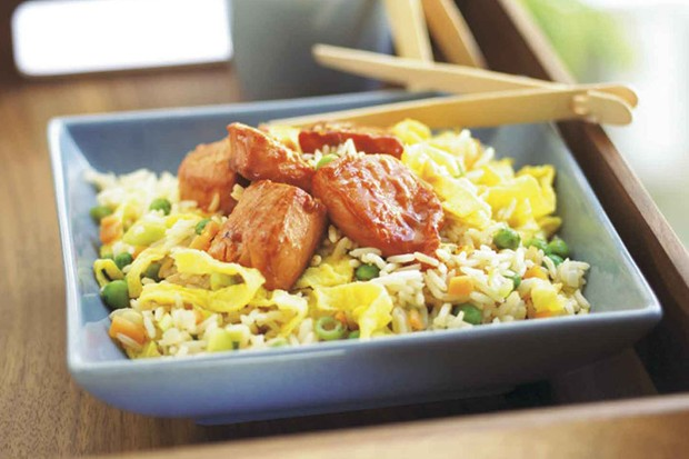 sticky-salmon-with-chinese-fried-rice_9418