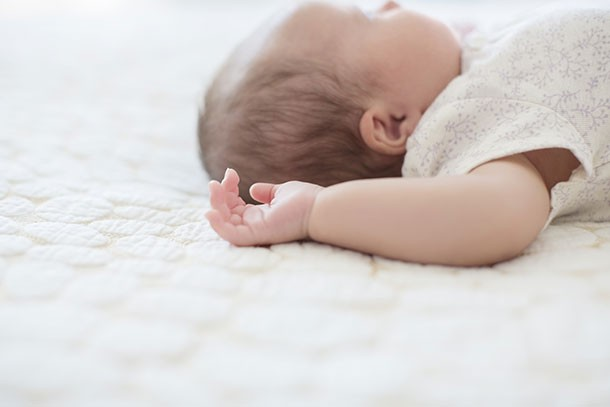 Sudden Infant Death Syndrome (SIDS): the causes and risks ...