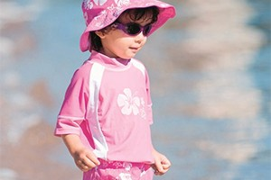 sun-safety-for-your-family-what-the-experts-recommend_127446