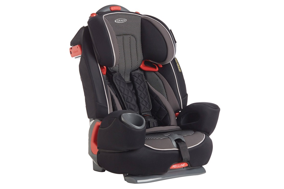the-12-best-car-seats-from-9-months_194534