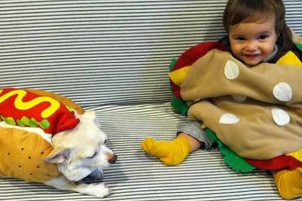 the-best-celebrity-and-real-family-halloween-pics_41781