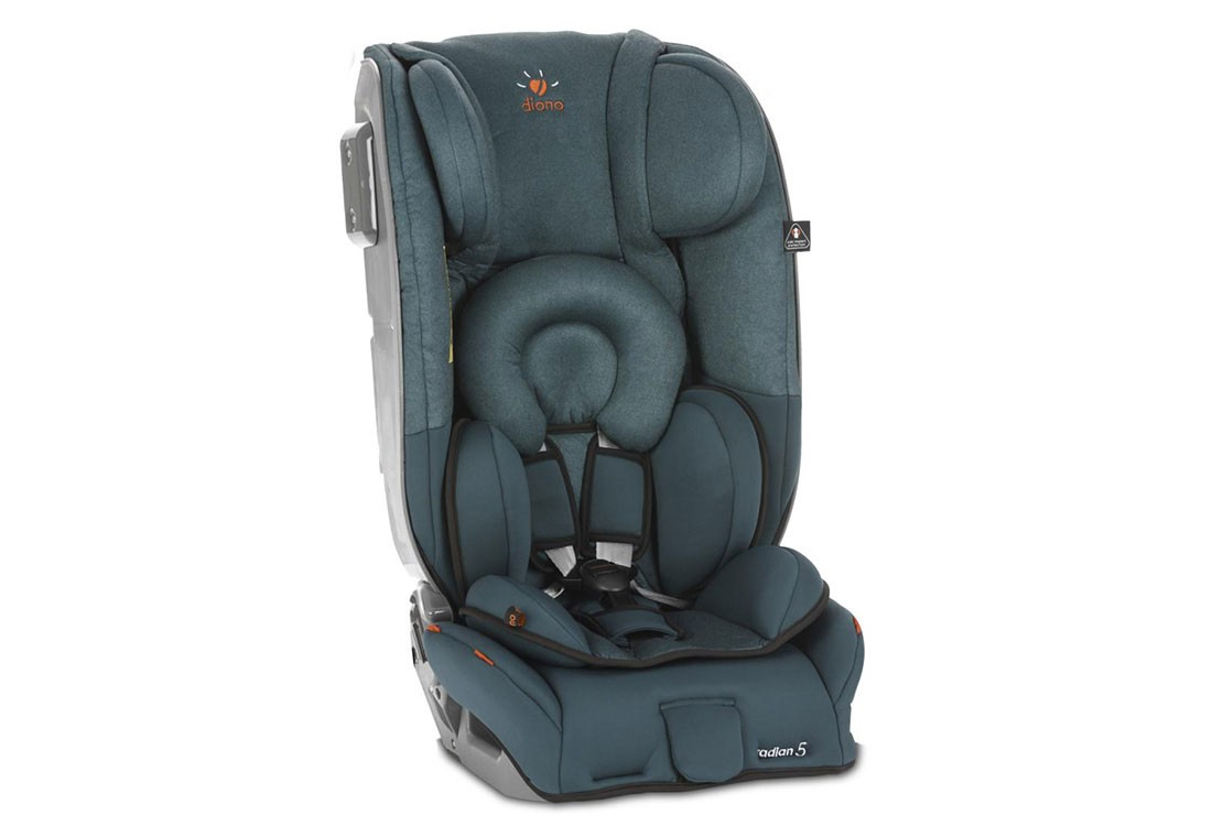 the-best-child-car-seats-to-use-on-airplanes_180601