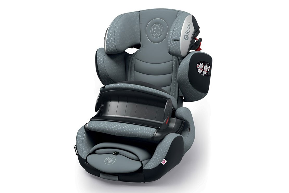 the-best-child-car-seats-to-use-on-airplanes_180604