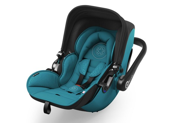 the-best-child-car-seats-to-use-on-airplanes_180609