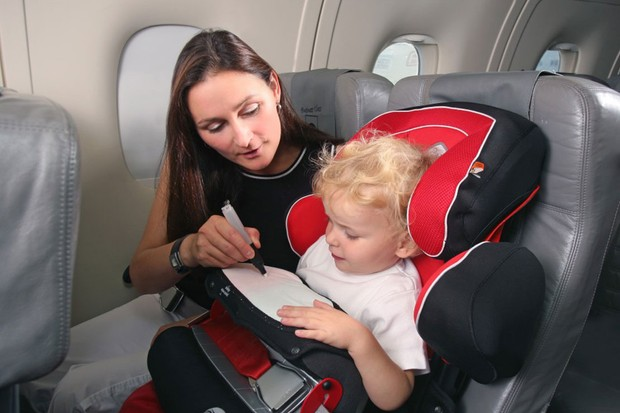 Best baby, toddler and child car seats approved for aircraft use UK