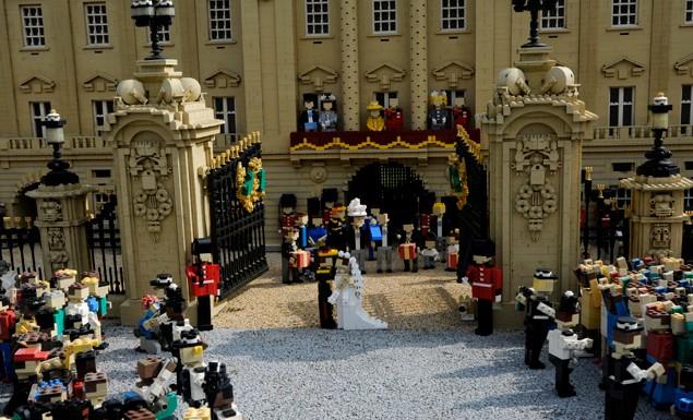 the-royal-wedding-in-lego-bricks_20605